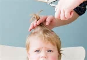 со скольки месяцев можно стричь волосы ребенку