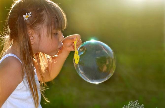 приготовить раствор для мыльных пузырей
