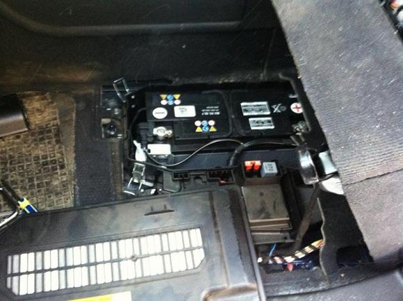 Аккумулятор Audi Q7-2