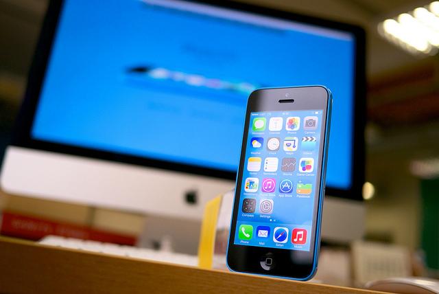 iPhone 5 против iPhone 5С
