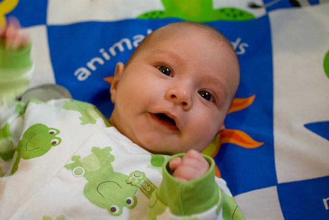 Что умеет ребенок в 2 месяца