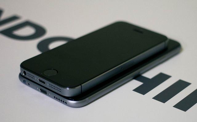 какой айфон лучше 5s или 6