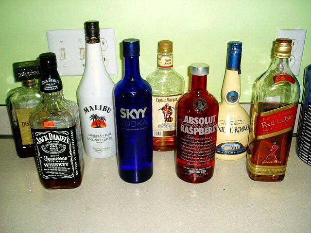 Сколько алкоголя пропустят через российскую таможню