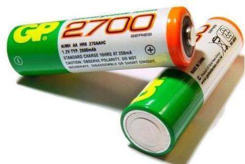 Сколько заряжать аккумуляторные батарейки GP 2700