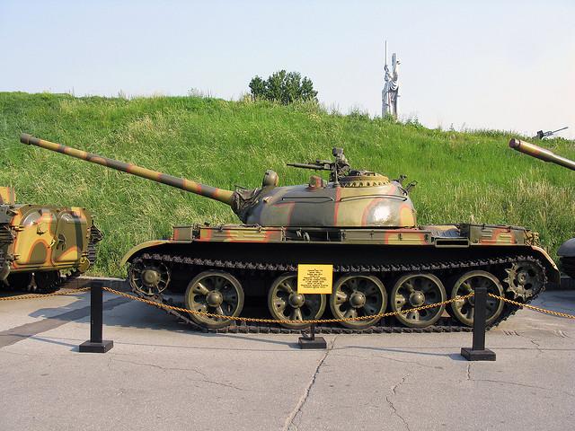 Чем оборудовать танк Т-54?
