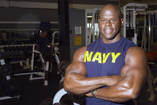 Как тренироваться парню, чтобы набрать вес ?