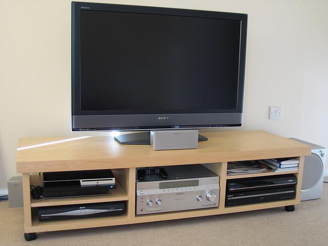 Какую диагональ телевизора купить?