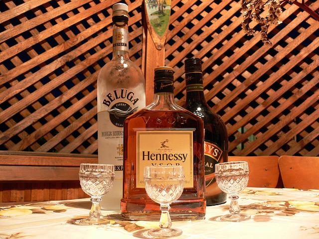 Сколько алкоголь держится в организме человека?