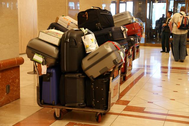Как правильно поступить с багажом во время пересадки